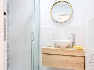 Byta Espacios Scandinavian style bathroom