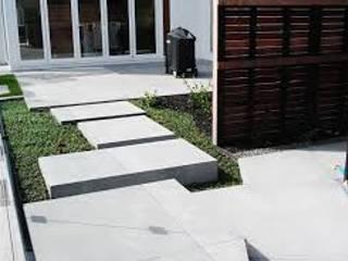 Piso entrada de residencias pedras para jardins Casas modernas por A.Pprestação de serviços Moderno