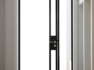 Modern style doors by 더집디자인 (THEJIB DESIGN) Modern