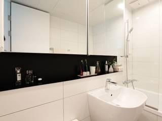 단순한 것이 아름답다_판교힐스테이트인테리어: 더집디자인 (THEJIB DESIGN)의  욕실