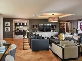 Conjunto residencial: Salas de jantar  por MP Construction Management