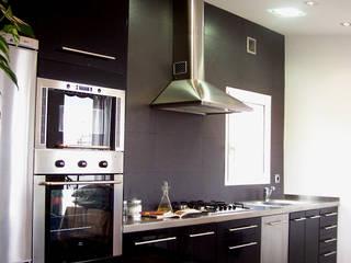Loft Aurora: Cocinas de estilo  de ESTUDIO DE CREACIÓN JOSEP CANO, S.L.,