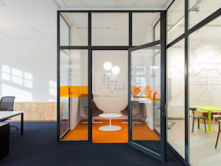 IONDESIGN GmbH Industrial style offices & stores