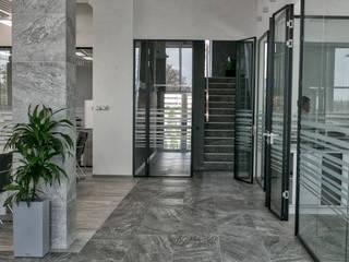 Офис компании Vadalex Офисные помещения в стиле лофт от A Studiya by Elena Agafonova Лофт