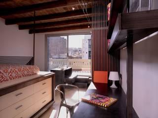 Loft Torres: Salones de estilo  de ESTUDIO DE CREACIÓN JOSEP CANO, S.L.,