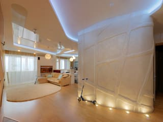 Просторная квартира для семьи с близнецами: Гостиная в . Автор – Архитектурная мастерская 'ПИН и К'