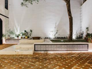 by DELSUR arquitectos Minimalist