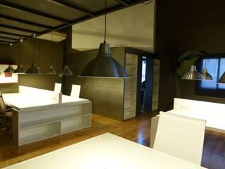 LoftCowork Almogàvers: Edificios de oficinas de estilo  de ESTUDIO DE CREACIÓN JOSEP CANO, S.L.,