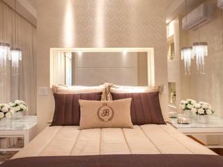 Casa Alphaville Piracicaba Quartos modernos por Designer de Interiores e Paisagista Iara Kílaris Moderno
