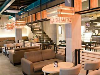 Excelso Cafe Surabaya:modern  oleh PT. Evata Furniture, Modern