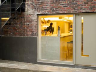 Estudios y despachos de estilo moderno de 바른디자인 - barundesign Moderno