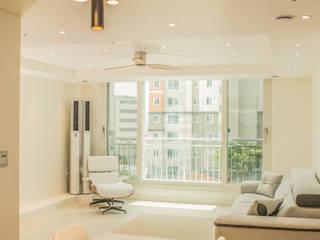 现代客厅設計點子、靈感 & 圖片 根據 바른디자인 - barundesign 現代風