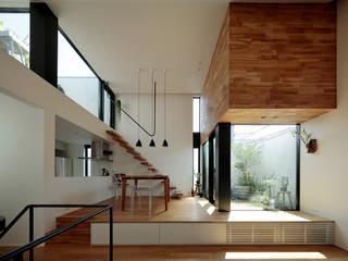 ミドリとソラにつつまれた家: 株式会社Fit建築設計事務所が手掛けたリビングです。,オリジナル