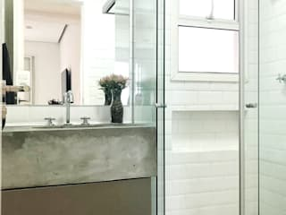 BANHEIRO MINIMALISTA Banheiros minimalistas por DALL' ANESE ARQUITETURA Minimalista
