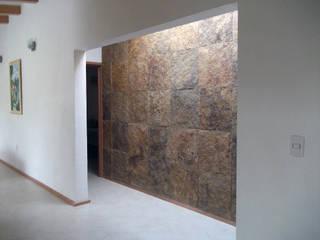 Iluminación natural y detalles Paredes y pisos de estilo rústico de Arquitectura OM Rústico