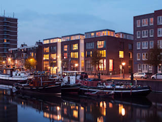 Haven huizen - Rotterdam:  Eengezinswoning door jvantspijker & partners, Modern