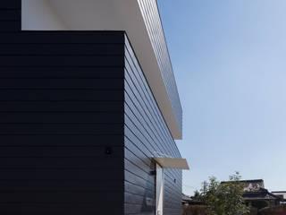 箱の家 モダンな 家 の 山口修建築設計事務所 モダン