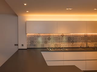 Casa O-J Reforma de Vivienda entre Medianera Sitges Barcelona Architect Sitges FPM Arquitectura de FPM Arquitectura Moderno