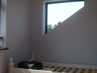 Bexleyheath - Roof Extension Arc 3 Architects & Chartered Surveyors Modern style bedroom