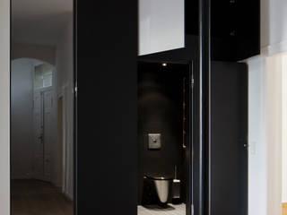 Apartement Kreuzberg:  Flur & Diele von Rotbunt
