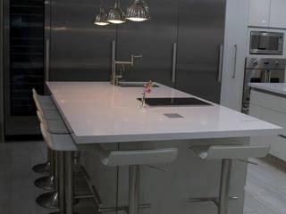 COCINA VITO ALESSIO ROBLES: Cocinas equipadas de estilo  por AM MAS ARQUITECTOS