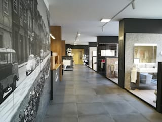 Showroom Cerâmicos e Sanitários Casas de banho modernas por Mouzinho Moderno