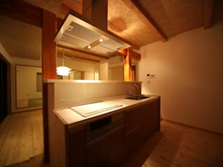 Кухня в азиатском стиле от 株式会社高野設計工房 Азиатский