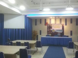 RUANG SERBAGUNA BEA DAN CUKAI PALEMBANG MODE KARYA Study/officeAccessories & decoration Kayu Blue