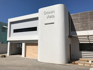 Ocean Vista Guest House:  Houses by John Smillie Architects,
