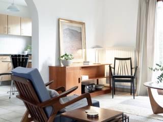 Lola Cwikowski Studio Minimalist dining room White