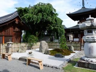 七面大明神の伝承に因んだ和風庭園 アジア風 庭 の 富士西麓ガーデン 和風