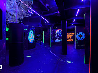 Laser Tag Arena by dal design office 인더스트리얼