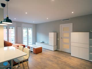 Grupo Inventia Salas de estilo moderno Concreto Gris