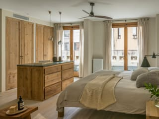 CASA PUTXET Dormitorios de estilo mediterráneo de The Room Studio Mediterráneo
