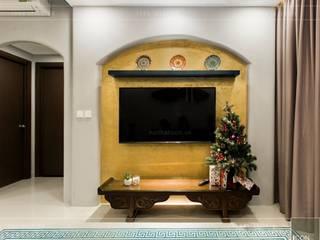 Mediterrane Wohnzimmer von ICON INTERIOR Mediterran
