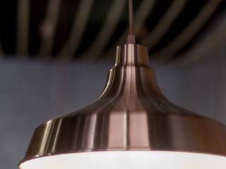 Cafetería Coffee & City: Bares y Clubs de estilo  de 022 estudio, Industrial