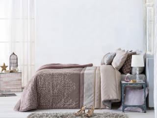 Dormitorio adulto:  de estilo  de Zoest Home