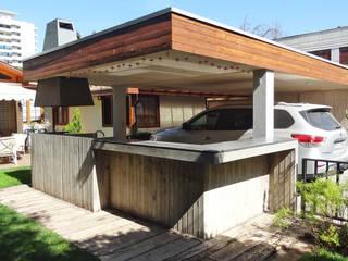 m2 estudio arquitectos - Santiago โรงรถและหลังคากันแดด