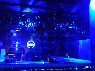 Restaurant cafe pub interior:  Bars & clubs by Katoch Infracity India Private Limited