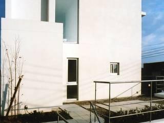 W-residence の 株式会社 浪瀨建築設計事務所 モダン
