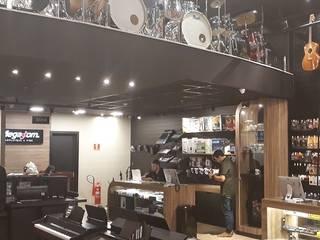 Lojas comerciais - Shopping Estação em Cuiabá-MT: Lojas e imóveis comerciais  por Appoint Arquitetura e Engenharia,Moderno