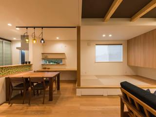 楽しく子育てできる家 モダンデザインの リビング の 株式会社JA建設エナジー モダン