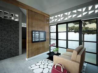 BELAGAK CINDO HOUSE:  Ruang Keluarga by midun and partners architect