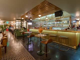 Bars & clubs scandinaves par DESTONE YAPI MALZEMELERİ SAN. TİC. LTD. ŞTİ. Scandinave