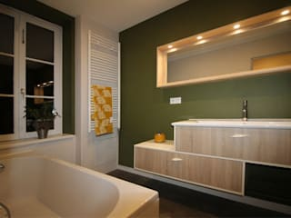 Modern bathroom by Agence ADI-HOME Modern
