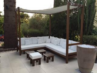 Camas balinesas: Casetas de jardín de estilo  de RAM Carpinteria y Proyectos
