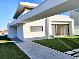 por Jesus Correia Arquitecto Moderno
