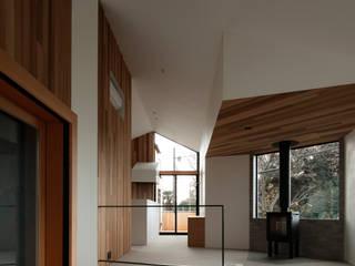 MaOL: キューボデザイン建築計画設計事務所が手掛けたダイニングです。,