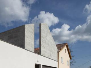ByExtensive por DRK.Architects Minimalista