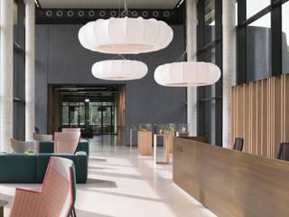 Verwaltungsgebäude Bender GmbH & CoKG Minimalistische Geschäftsräume & Stores von SISAFORM Minimalistisch